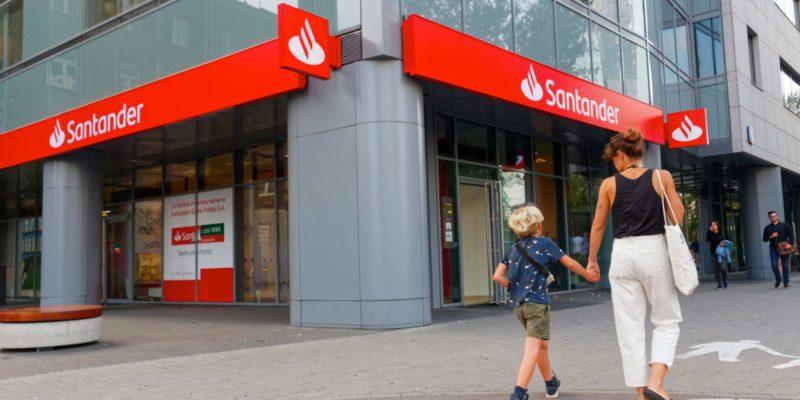 Banco Santander informa en Chile a sus clientes respecto a sus inversiones